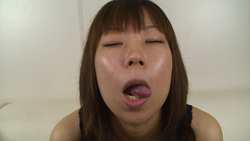 [Full HD and SD] Kiss face Mania busty Belles Yoko's Kiss face bothers cleavage! Hen