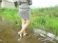 Wet &Messy Shoes Scene021