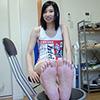 [Foot fetish] Hidaka Yua AIDA's embarrassing leg, foot and leg movements to carefully observe the